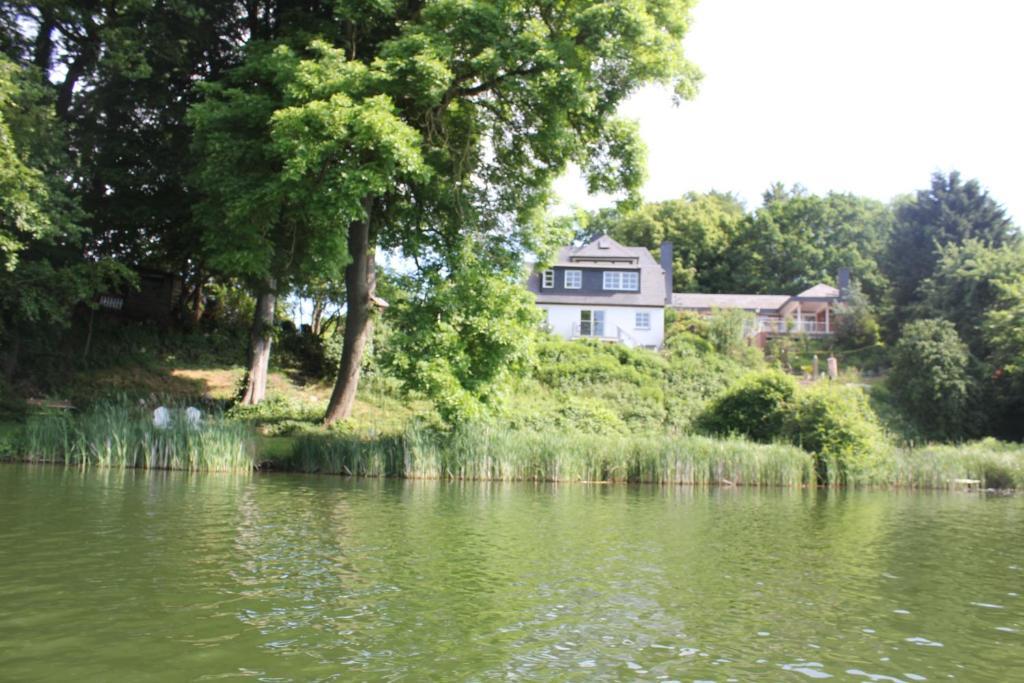 Ferienhaus direkt am Schmalensee