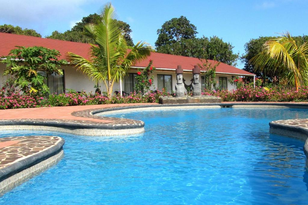 The swimming pool at or close to Hotel Puku Vai