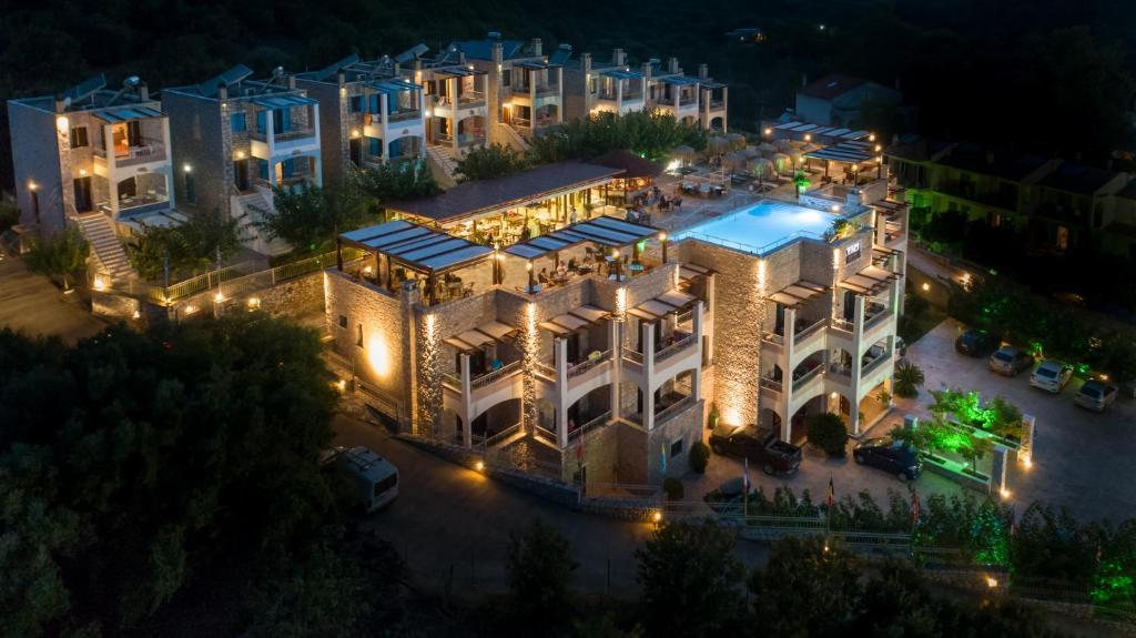 Άποψη από ψηλά του Vathi Hotel