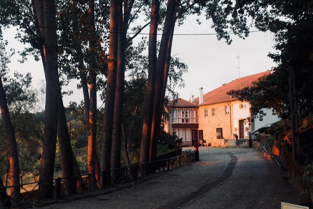 The building where the country house is located