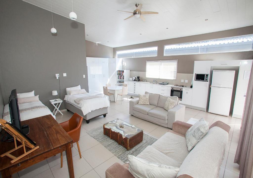 Apartments In Malabar