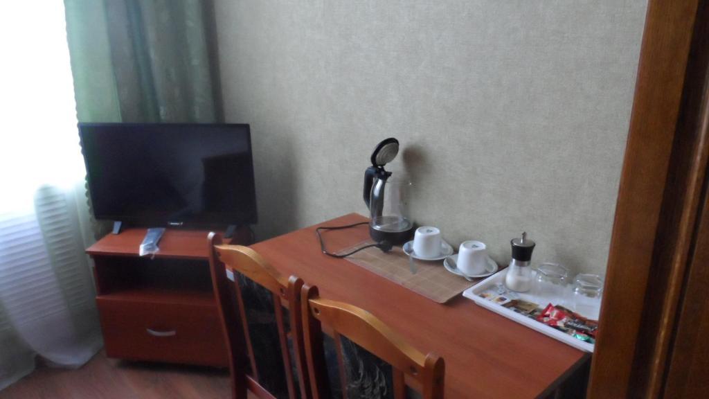 """Телевизор и/или развлекательный центр в """"Визит"""""""