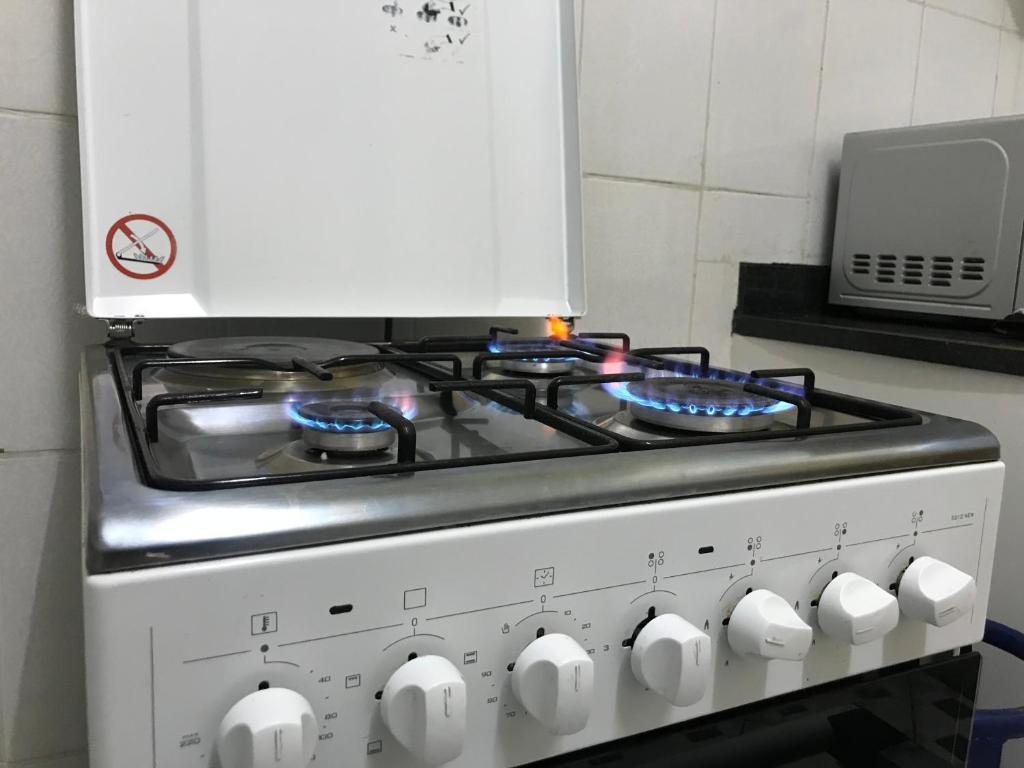 A kitchen or kitchenette at Pendeza Homes