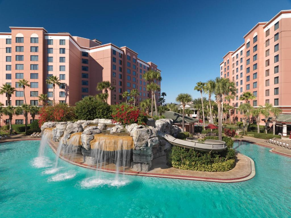 The swimming pool at or close to Caribe Royale Orlando