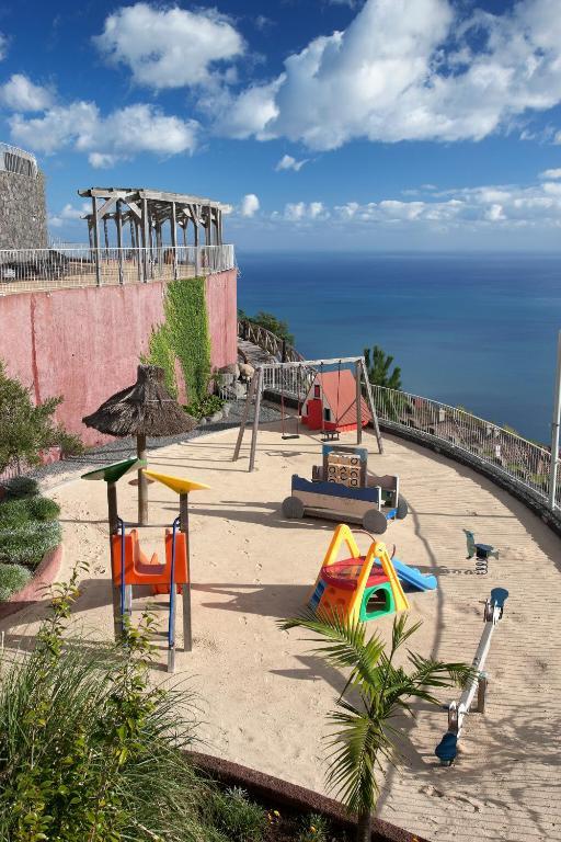 melhores hoteis para solteiros em Câmara de Lobos Portugal