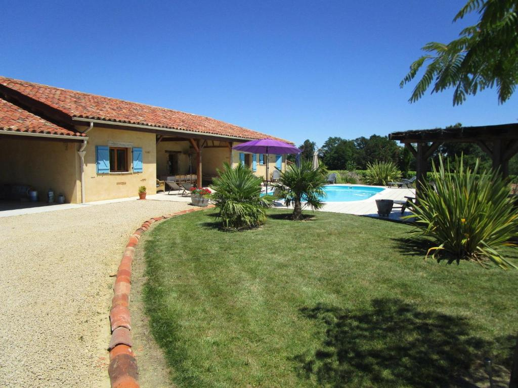 The swimming pool at or near Quaint Villa in Bourrouillan with Private Terrace