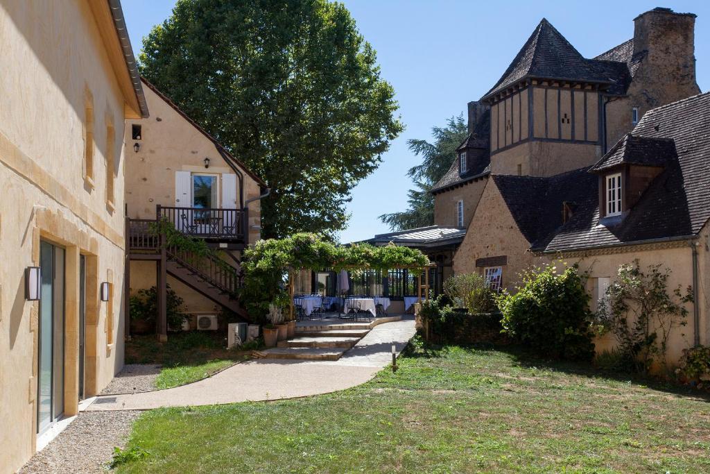 Hotel Restaurant La Hoirie Sarlat-la-Caneda, France