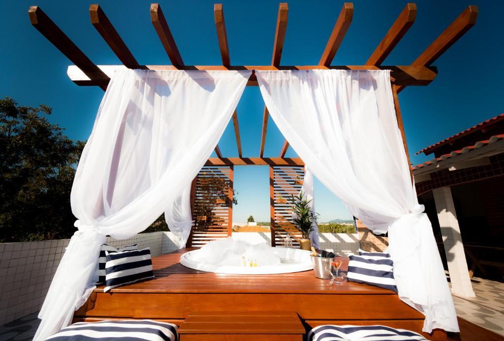 Um restaurante ou outro lugar para comer em Mar e Mar Florianópolis