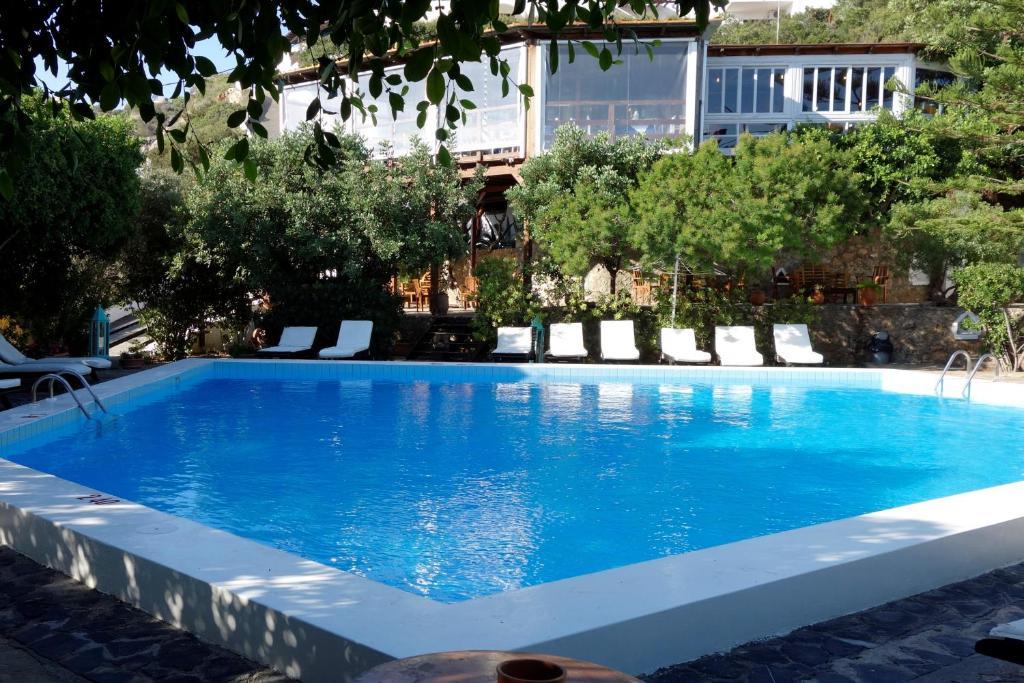 Πισίνα στο ή κοντά στο Cretan Village Hotel