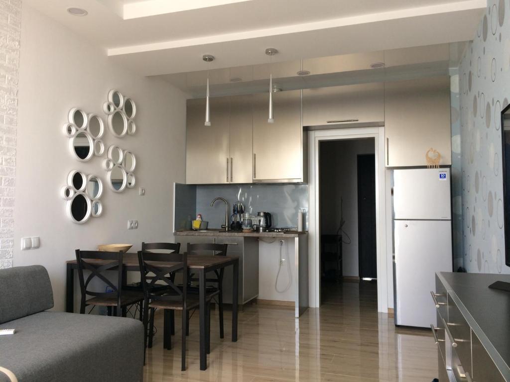 Apartment Квартира-студия с видом на море, 5 минут до пляжа., Batumi,  Georgia - Booking.com