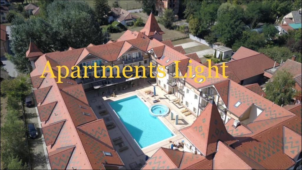 Pogled na bazen u objektu Apartments Light ili u blizini