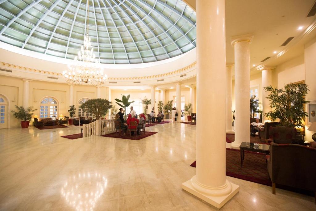 Hall ou réception de l'établissement Acropole Tunis