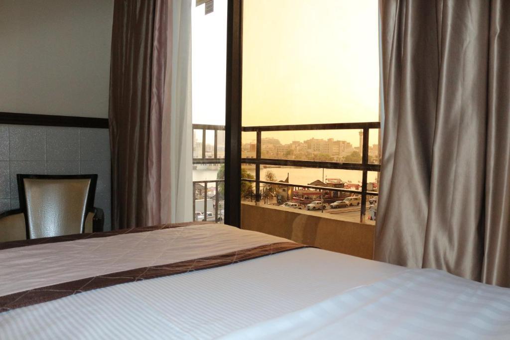 Дубай al khaleej grand hotel аэропорт дубай терминал 1 камера хранения