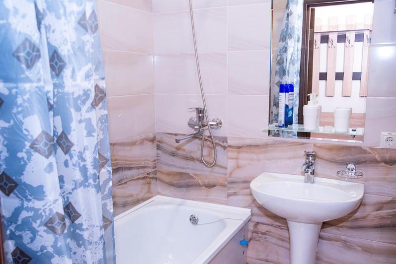 "Ванная комната в Гостиница"" InterCity"""