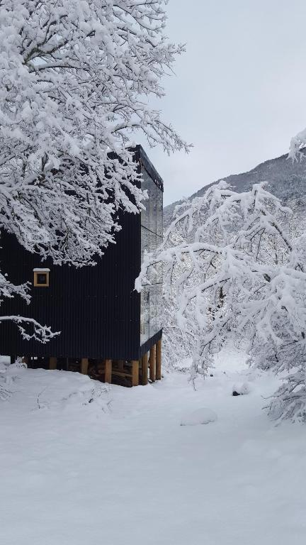 Andrómeda Lodge during the winter