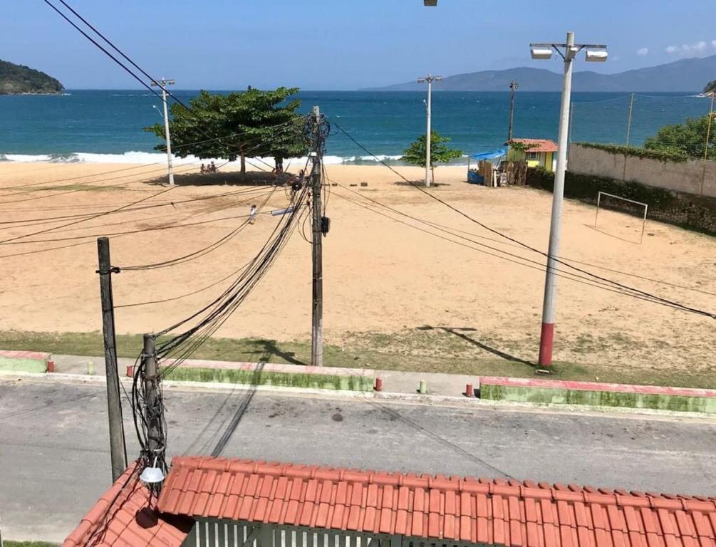 Apto 2 quartos de frente para o mar em Garatucaia