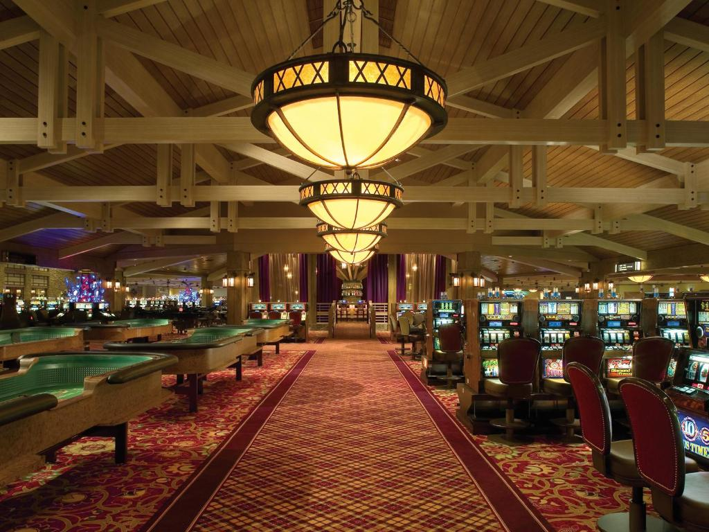 Casino charles laberge lake victor chandler live casino