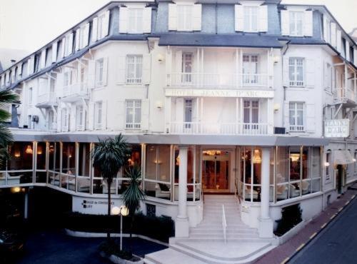Hotel Jeanne d'Arc Lourdes, France