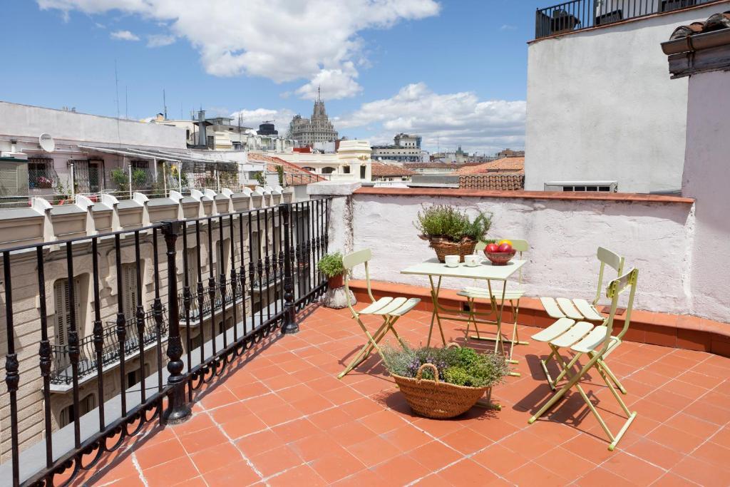 Un balcon sau o terasă la Apartamentos Mayor Centro