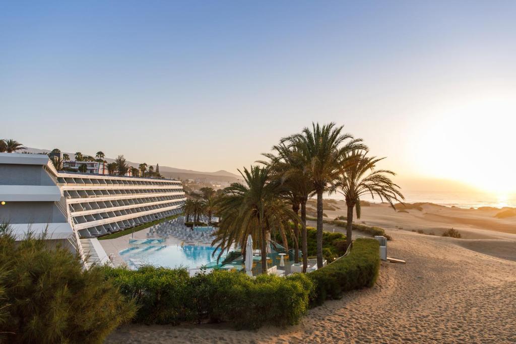 Santa Monica Suites Hotel