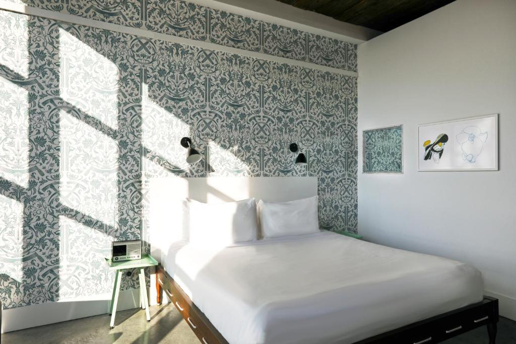 Wythe Hotel Brooklyn 8 8 10 Updated 2021 Prices