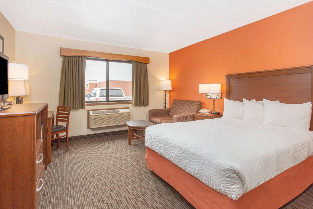 Hotels In Houghton
