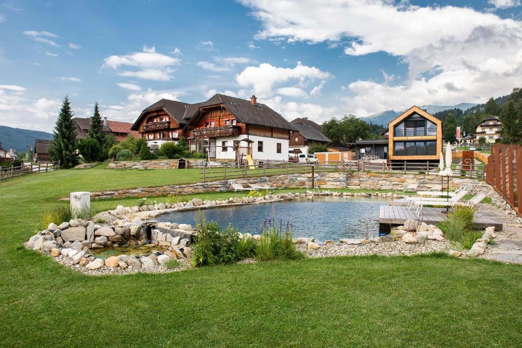 Der Swimmingpool an oder in der Nähe von Haus Christophorus