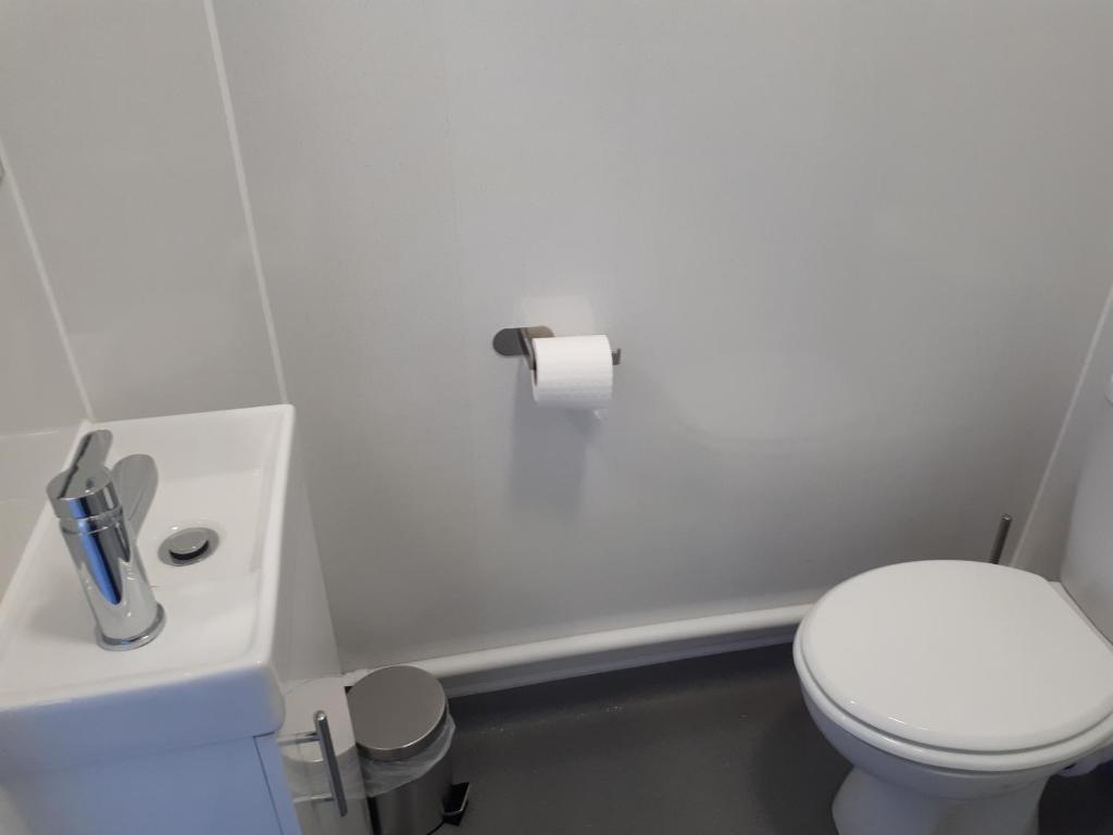 A bathroom at The Albany Hotel
