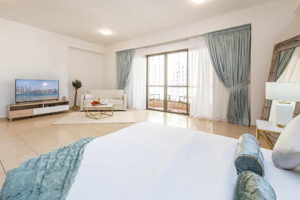 Дубай квартиры jbr оаэ виллы на пальме