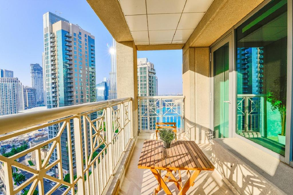 Дубай город терраса квартиры куплю недвижимость в испании юг