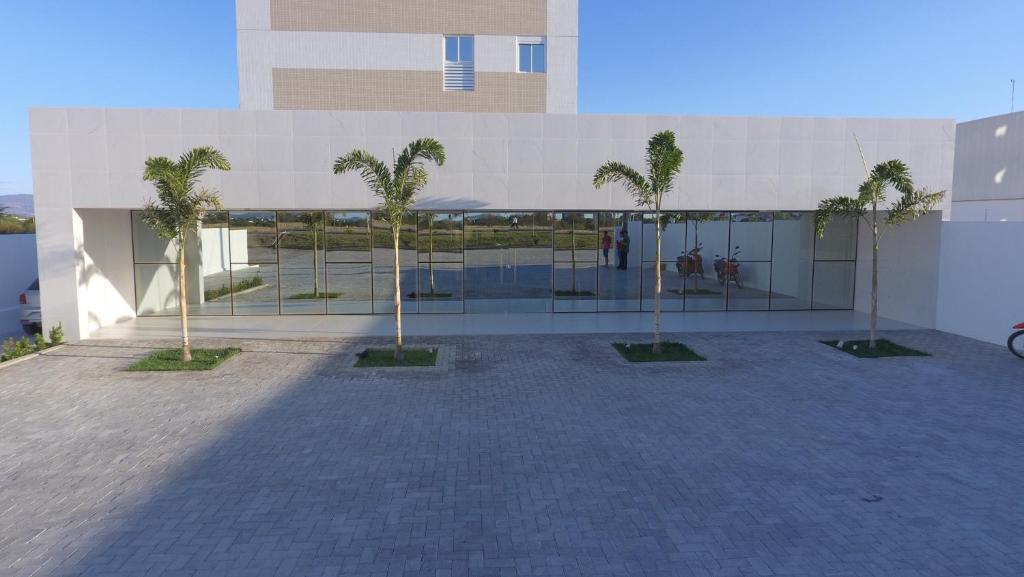 A piscina localizada em Hotel Oásis de Patos ou nos arredores