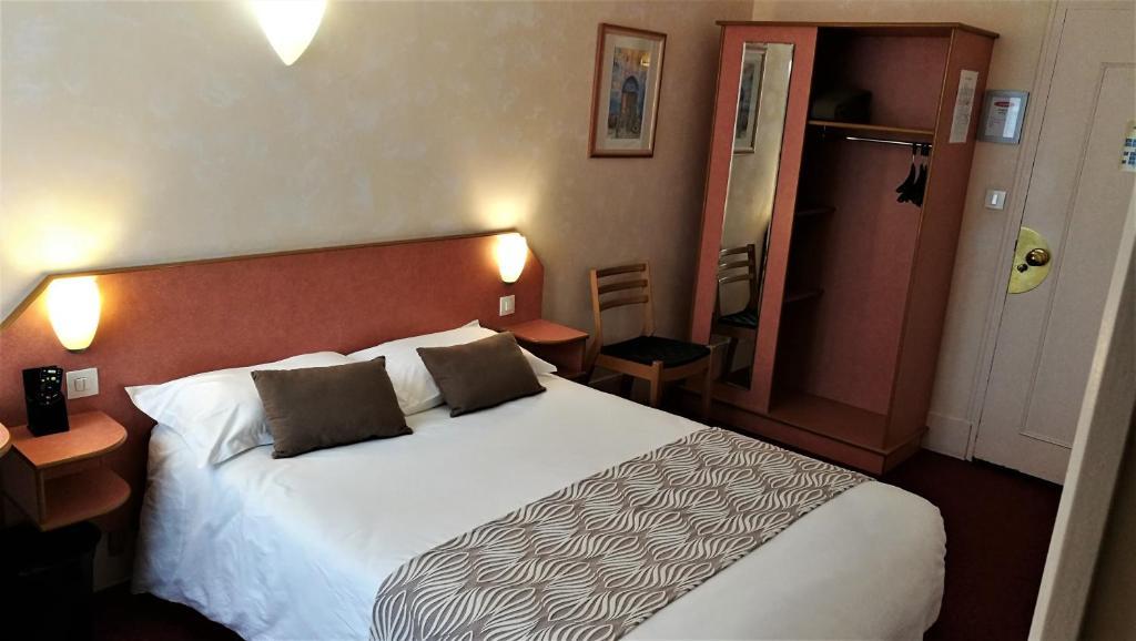 Nouvel Hotel Lons-le-Saunier, France