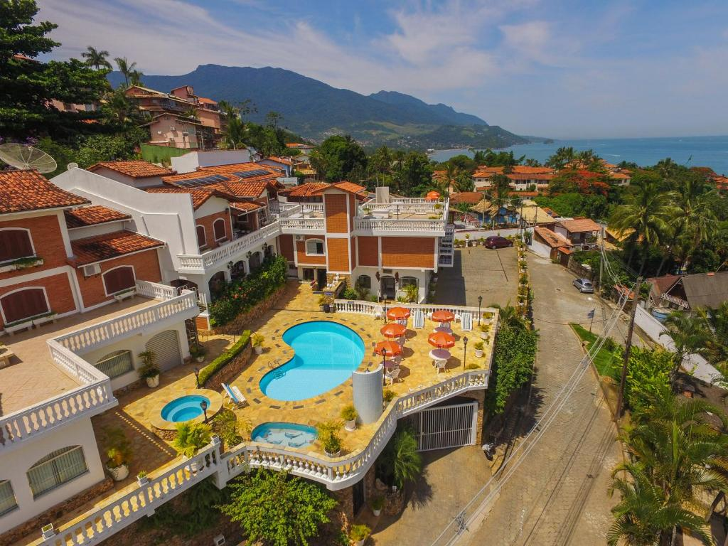 A bird's-eye view of Hotel Guanumbis