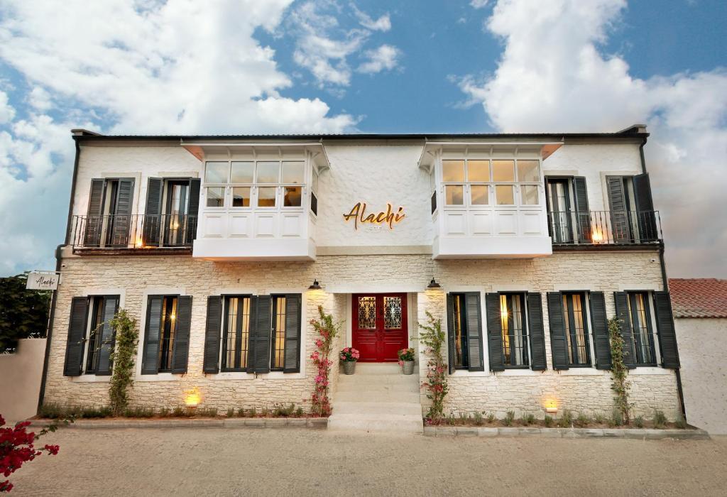 Alachi Hotel