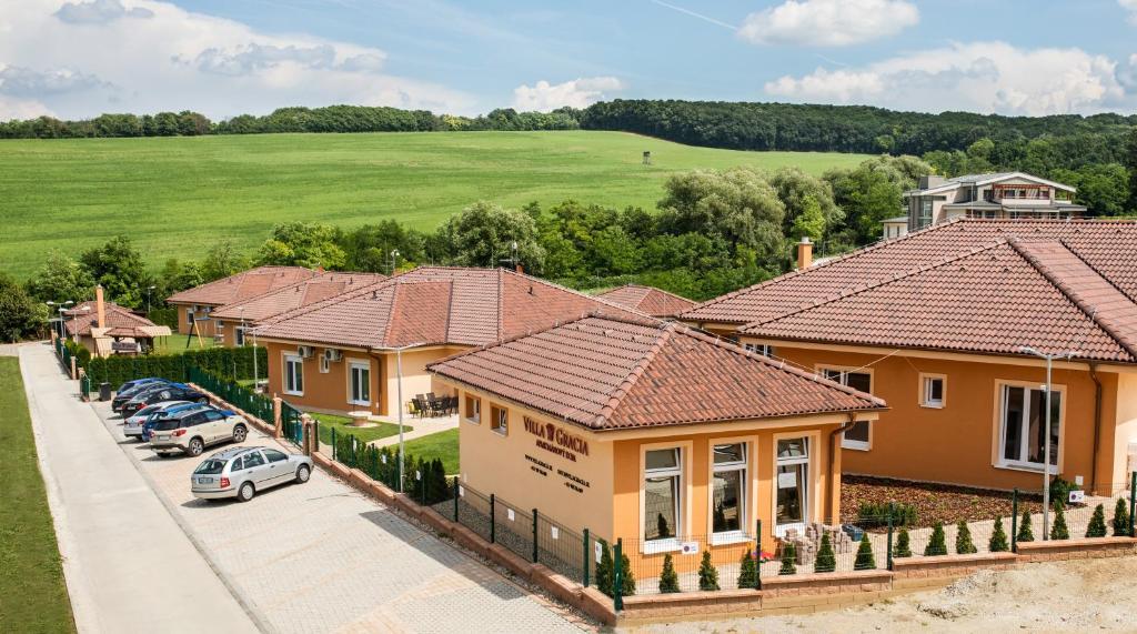 Letecký snímek ubytování Villa Gracia Podhájska