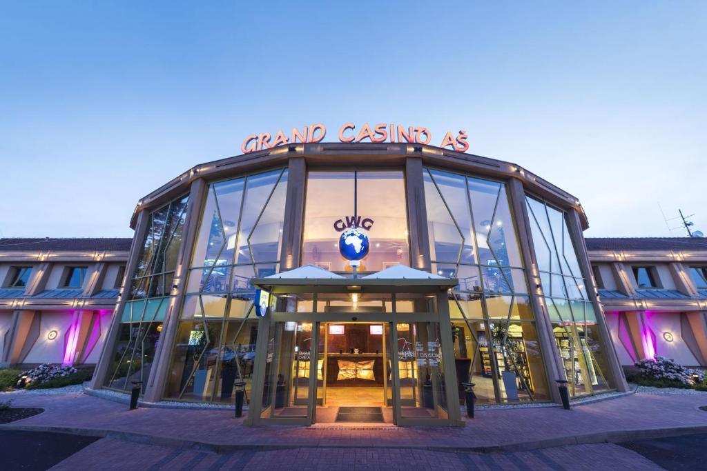 Сколько казино в чехии город прага online mobile casino with no deposit bonus