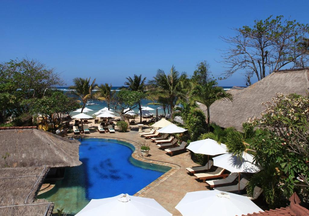 A view of the pool at Bali Reef Resort or nearby