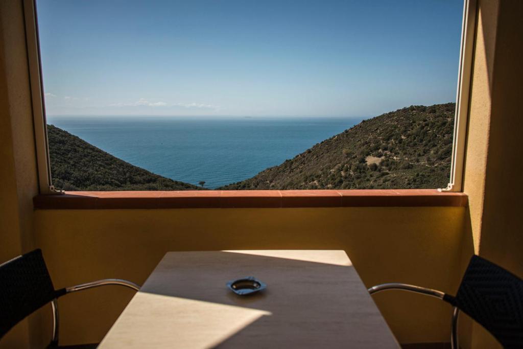 A balcony or terrace at Hotel Villa Rita