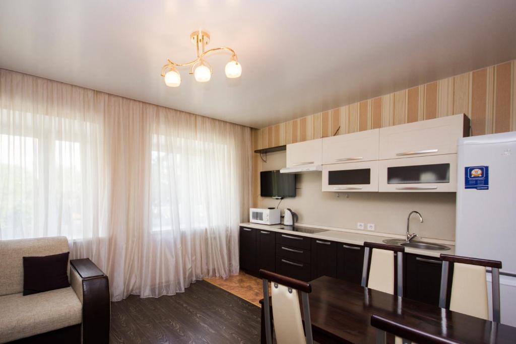 Апартаменты 7 этажей тюмень купить дом в дубай недорогие