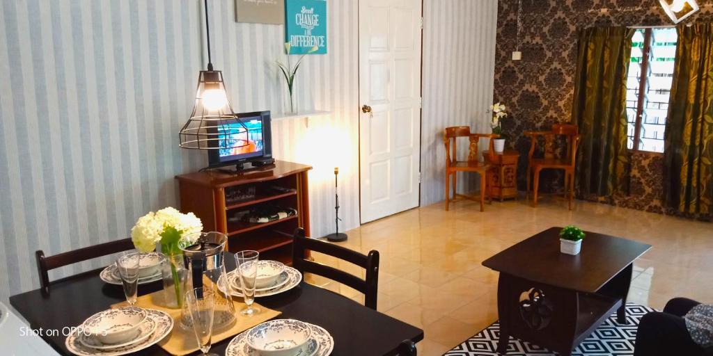 Rumah Tamu Azizah Kampong Tanjong Bayan 7 5 10 Updated 2021 Prices