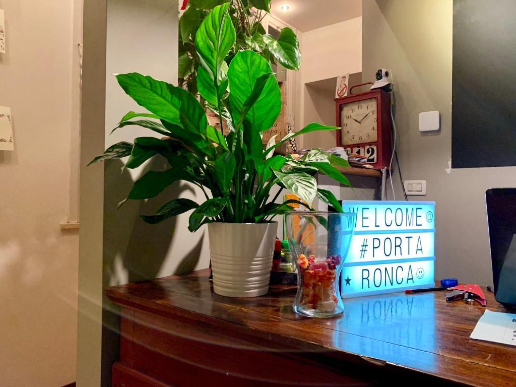 Hall o reception di Porta Ronca - B&B, Suites & Apts