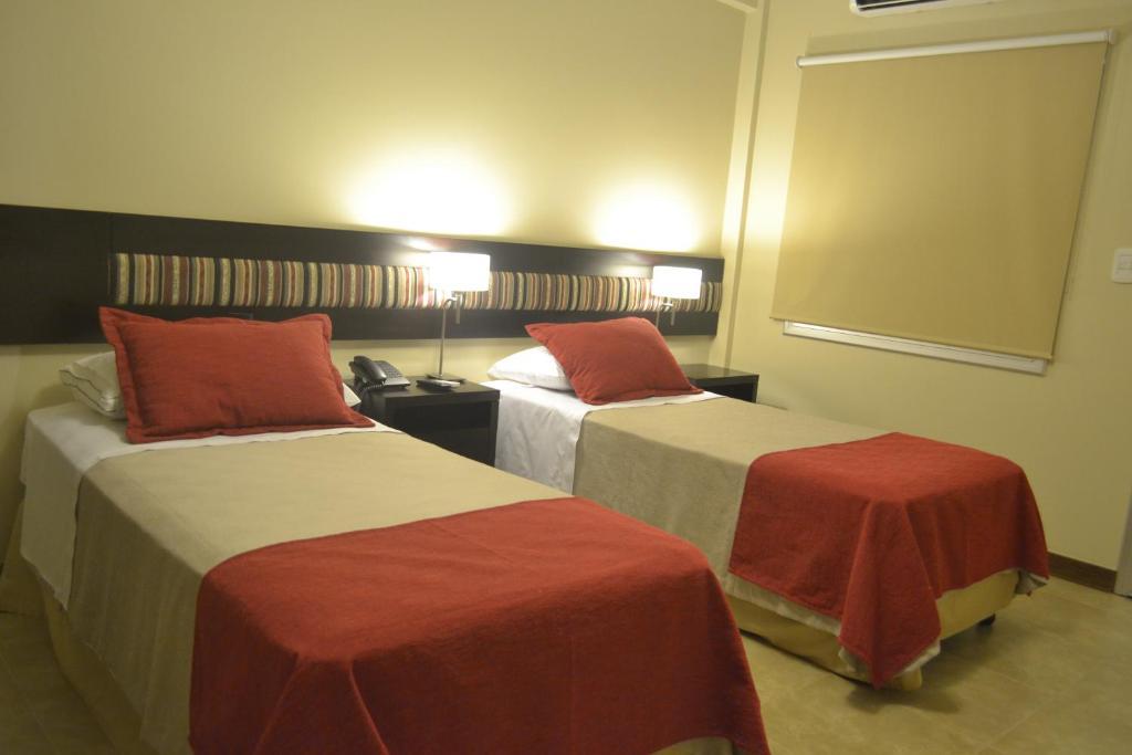 Кровать или кровати в номере Almuñecar Hotel