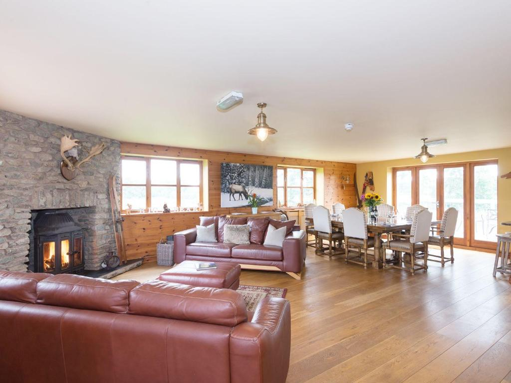 Big Bear Lodge - Laterooms