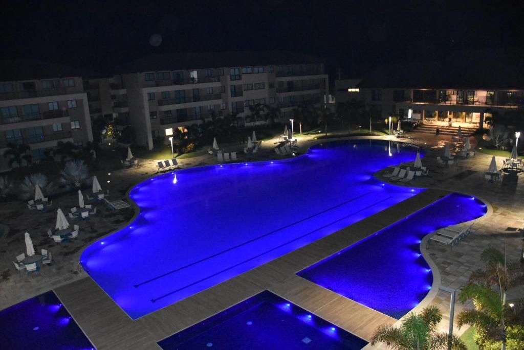 Uma vista da piscina em Apartamento Eco Life ou nos arredores
