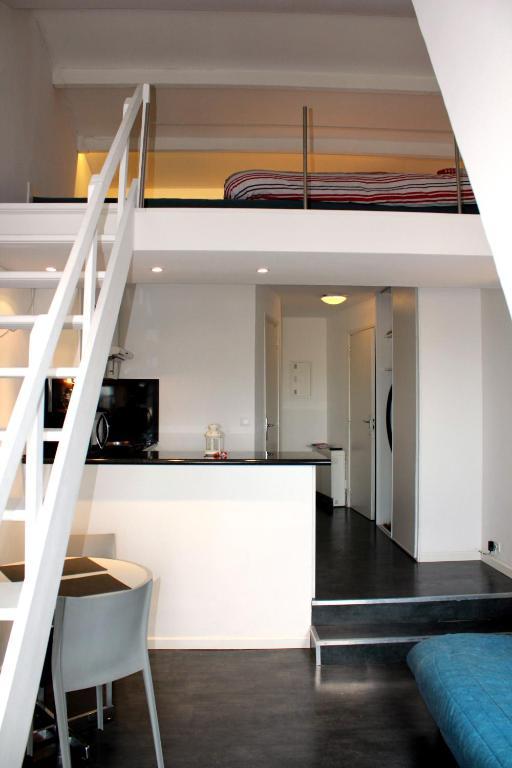 Apartment Mini Duplex Vue Mer Exposition Sud Deauville France Booking Com