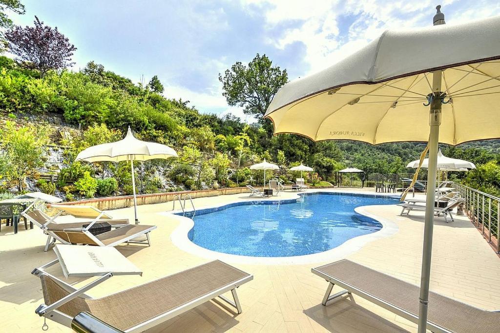 Laureana Cilento Villa Sleeps 4 Pool Air Con