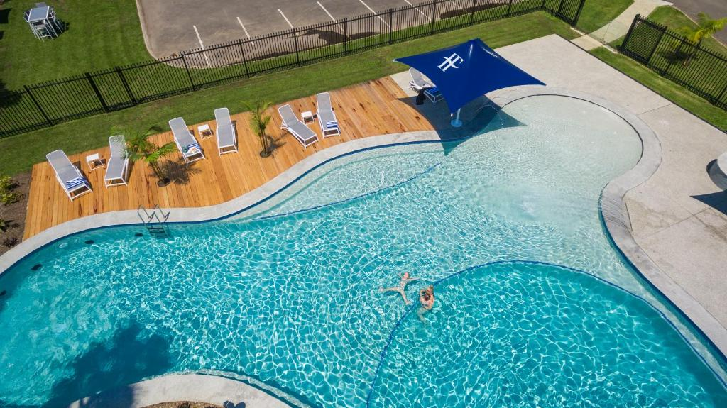 A view of the pool at Hotel Forster or nearby