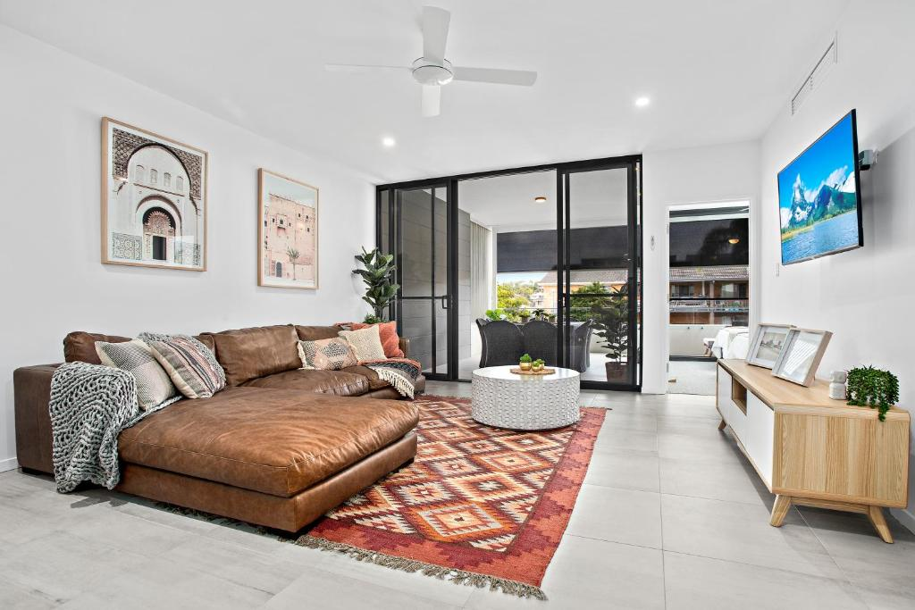 A seating area at No 5 Rockpool 69 Ave Sawtell
