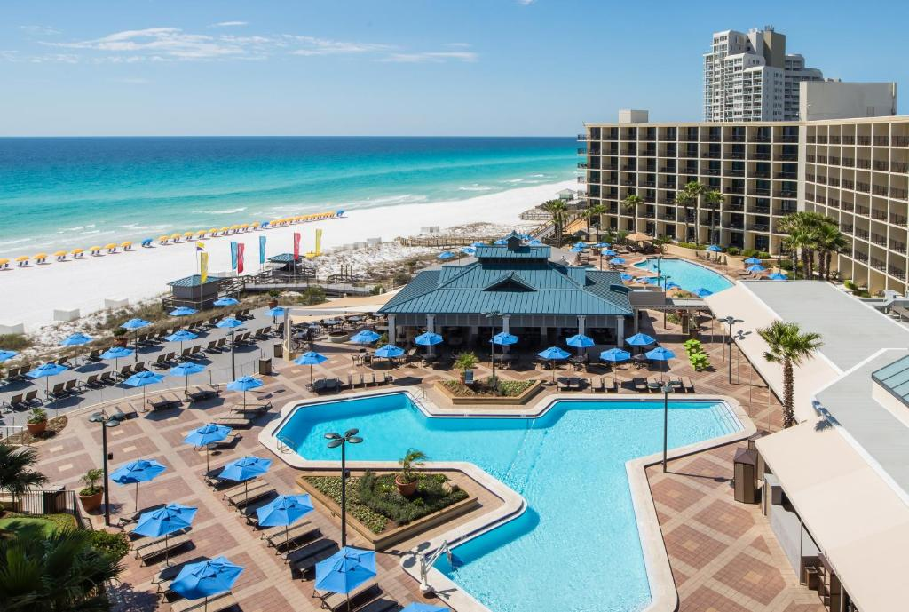 A view of the pool at Hilton Sandestin Beach Golf Resort & Spa or nearby