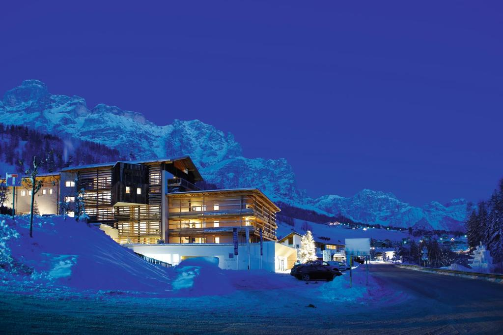 Lagació Hotel Mountain Residence during the winter